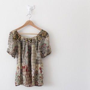 Sundance 100% Silk Blouse Patterned Tie Top Shirt
